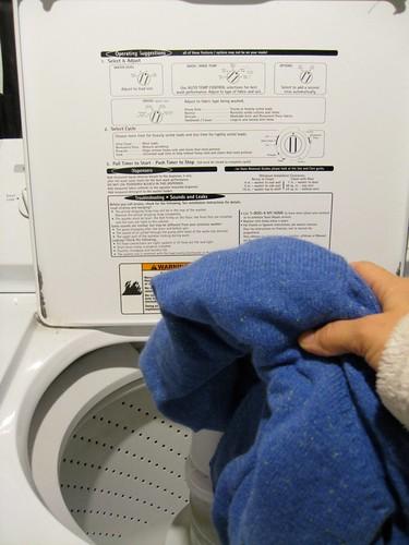 Come lavare e asciugare i maglioni