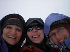 Snow Divas Ready to Ski