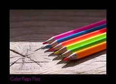 Crayons Color'Peps Fluo (Xtelle_m) Tags: world camera pink blue red orange sun france color green art beauty rose yellow pencil jaune canon lens creativity rouge photography photo view time expression joy creative happiness vert bleu vision passion instant af crayon pas bonheur couleur solei joie fluo 50d canon50d xtelle xtellem colorpeps