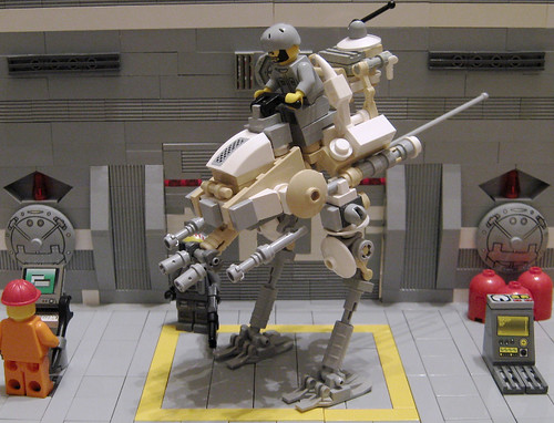 The HX 400 Scout Walker