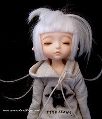 new hair cut (n u b i) Tags: sleeping white elf wig lea bjd dollfie latidoll lati ttya
