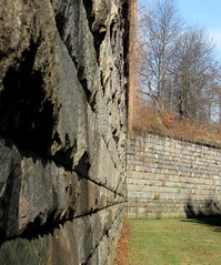 A Formidable Barrier (Puzzler4879) Tags: gateway statenisland fortifications nationalparks narrows shiningstar tompkins forts usarmy wadsworth canonpowershot verrazanonarrows fortwadsworth drymoat canonaseries gatewaynationalrecreationarea bej canoncameras royalgroup flickraward mycameraneverlies heartawards diamondstars brillianteyejewels a580 peaceawards canona580 harbordefense forttompkins canonpowershota580 powershota580