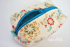 small cosmetic pouch (coco stitch) Tags: blue white flower small pouch zipper etsy cosmetic japanesefabric lecian cocostitch