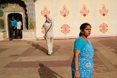 Tourists ( Antoni Myliborski ) Tags: blue woman india women asia palace tourist tourists clothes sari jaipur rajasthan