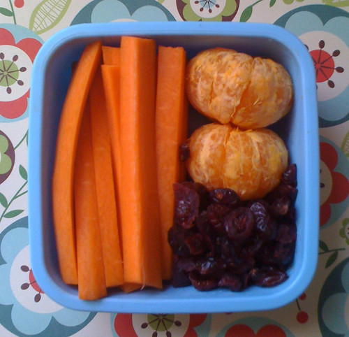 Kindergartner Snack #34: November 2, 2009