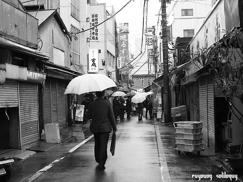 GXR_Tsukiji_18 (by euyoung)