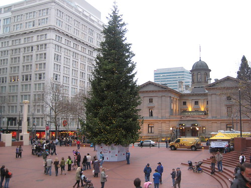 pioneer courthouse square & Tree Lighting Ceremony at Pioneer Courthouse Square: November 25 ... azcodes.com