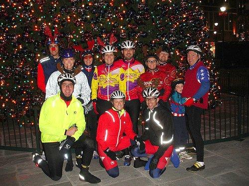 cycling group at Atlantic Station, Atlanta (by: tandemracer/David Hunter, creative commons license)