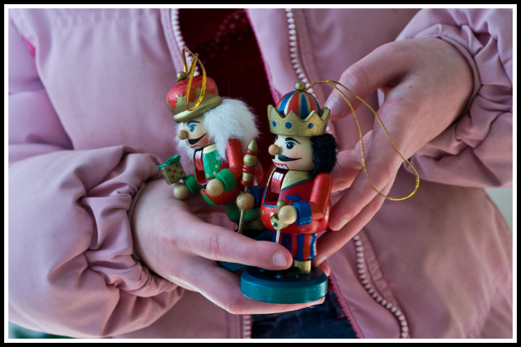 ornament_nutcrackers