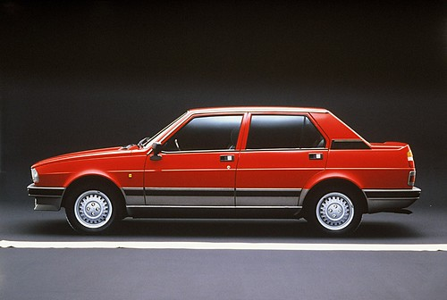ARHA0584_Giulietta1_Serie1977-1983_1024