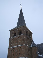 Mook, Sint Antoniuskerk (Stewie1980) Tags: winter snow tower church netherlands catholic toren sneeuw nederland finepix fujifilm kerk mook limburg a700 fujifilmfinepixa700