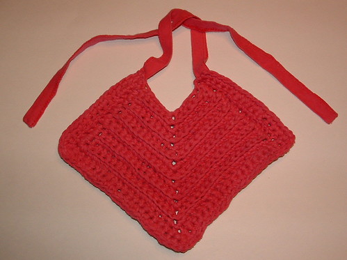 Diagonal T-Shirt Yarn Baby Bib