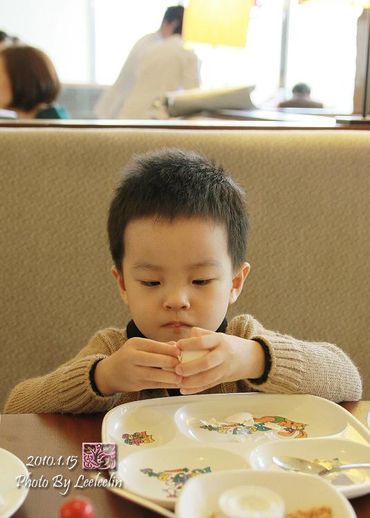 宜蘭早餐吃到飽|蘭城百匯自助餐廳早餐
