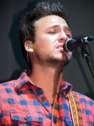 love and theft dancing in circles. Love and Theft's Set List. Can't Go Back; If I'm Fallin'; Dancing in Circles