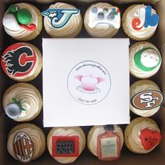 birthday xbox360 gold cupcakes flames 49ers bluejays acmilan yoshi expos disarono montrealsclevercupcakes