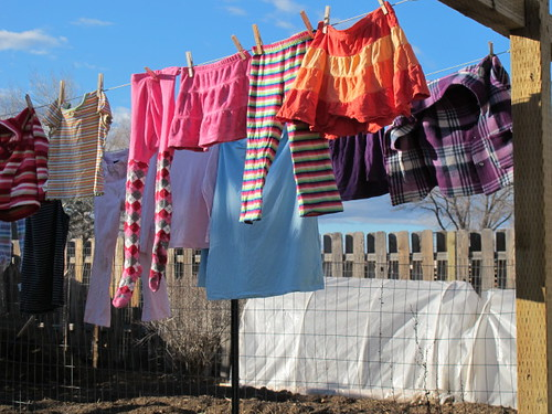 Sunshine=laundry line