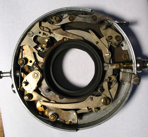 Optimo 1A shutter mechanism