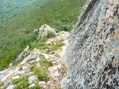 Montée au sommet du Castellacciu par la face Sud : la vire d'approche du sommet