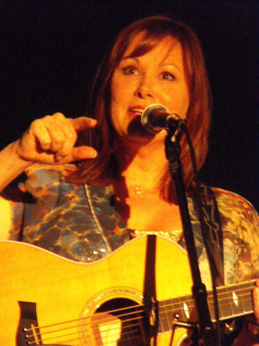Suzy Bogguss point