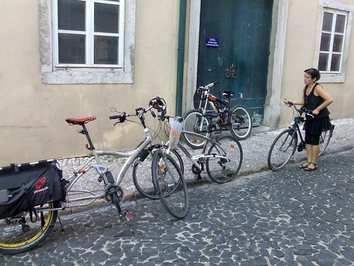 Bicicletas dos participantes da Cicloficina de Lisboa em Outubro de 2009