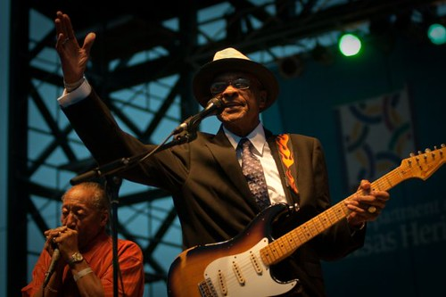 HUBERT SUMLIN AND WILLIE BIG EYES SMITH kingbiscuit2009-1616 (3)