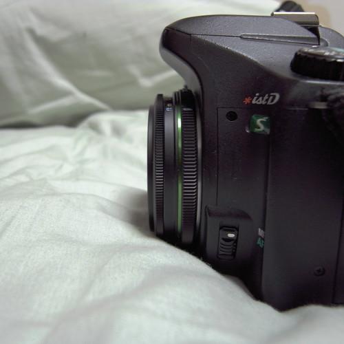 PENTAX *ist DS + smc DA 40mm F2.8 Limited