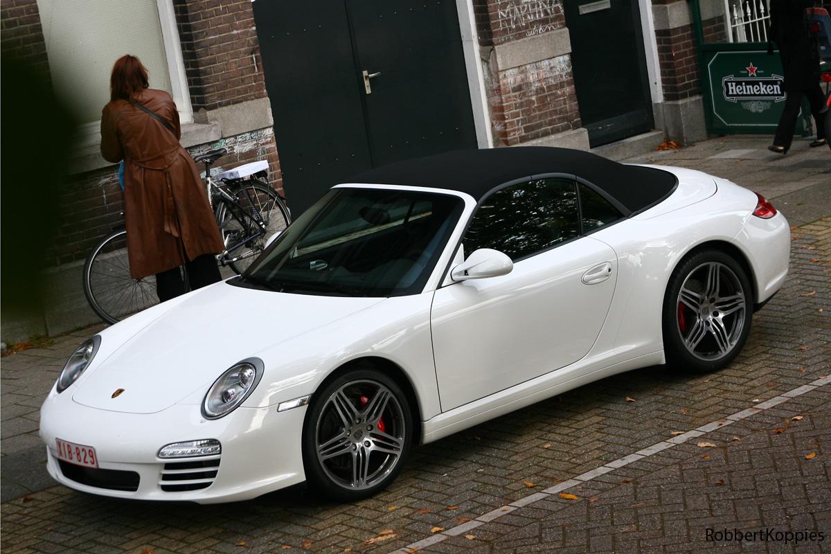 Porsche 911 4S Cabriolet White