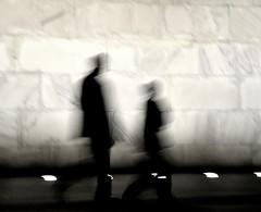 Walking Strangers (Carl_Cabading) Tags: nightphotography silhouette night walking washingtondc walk strangers silhouettes couples washingtonmonument walkers 2009 noember