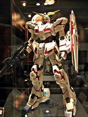 AFA09 (nighteye) Tags: mg gundam 2009 bandai 1100 rx0 unicorngundam animefestivalasia gundamuc afa09