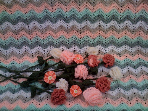 Crocheted Carnations match the Ripple perfectly.