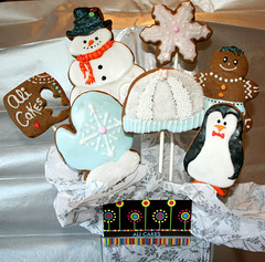 Display Bouquet (alicakescupcakery) Tags: snowflake pink cookies snowman penquin bluewhite mitten gingerbreadboy alicakes snowbeanie alicakescupcakery