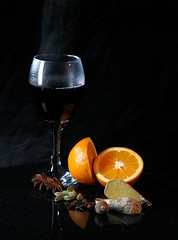 Mulled Wine (Ian Hayhurst) Tags: christmas orange hot fruit grid ginger wine drink steam spices mulledwine anise cto cardamom staranise canonef24105mmf4lisusm strobist 365d