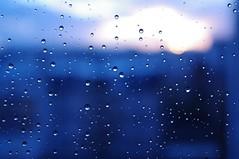 Oggi, a Parigi, piove (claudio malatesta) Tags: paris rain pentax pluie pioggia musicorso parigi k7 claudiomalatesta claudebenasouli