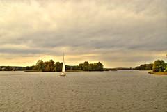 Trakai 6 (gatogrunge) Tags: travel viaje water landscape lago agua nikon barco paisaje d200 vela trakai lituania golddragon mywinners abigfave anawesomeshot impressedbeauty goldstaraward