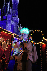 SpectroMagic (Disney Dan) Tags: christmas winter usa america us orlando december unitedstates florida character disney disneyworld characters fl wdw waltdisneyworld 2009 magickingdom spectromagic disneycharacters disneycharacter waltdisneyworldresort disneyvacation disneypictures spectroman disneyparks disneyphotos spectromen