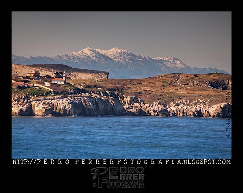 Mar y Montaña - Faro de Suances