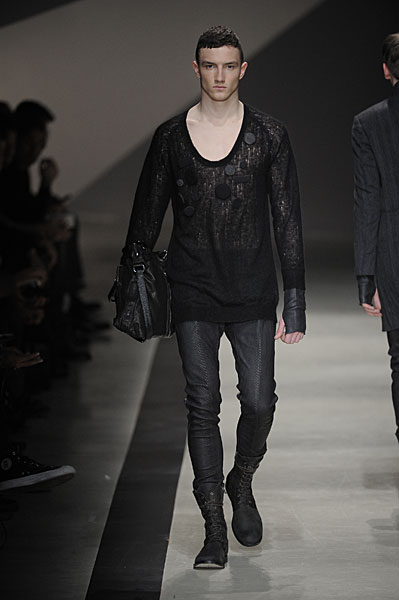Jacob Coupe3009_FW10_Milan_Neil Barrett(nikestav10@mh)