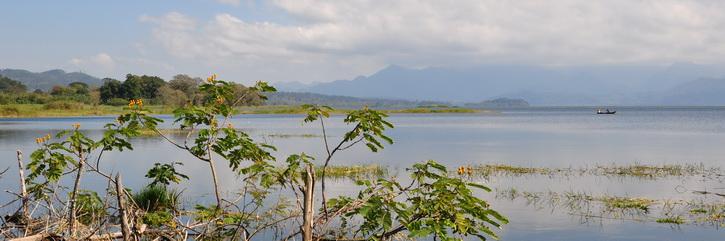 Pena Blanca sur les rives de la lagune Yojoa