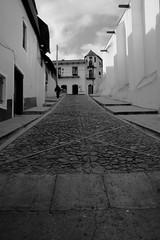 Downtown (Esparta) Tags: pueblo centro empedrado