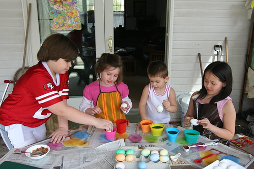 april 2010. April 2010 - Dyeing Easter