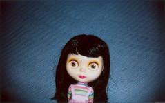 Elliott (ohh, blythe) Tags: blythe goldie takara allgoldinone instax takarablythe fujifilminstax