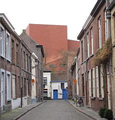 Pro & Contra (johan van moorhem) Tags: belgium brugge belgië bruges flanders concerthall concertgebouw vlaanderen oostmeers