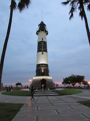 2017-011549B (bubbahop) Tags: 2017 lima peru oats pacific ocean sunset lamarina lighthouse southamericatrip