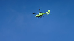a greencopter in a blue sky (Franck Zumella) Tags: helicopter helicoptere ciel bleu vert gree blue sky fast fly flying voler