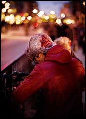 keeping warm (futureancient) Tags: leica london 1 evening bokeh f1