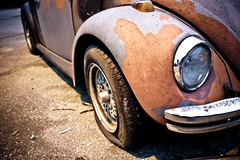 beetle (drew4c) Tags: street old original usa love window car bar night canon vintage volkswagen lights rust kiss flat beetle tire transportation horn honk x3 500d t1i