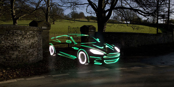 01_aston-martin-light-graffiti
