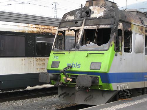 Führerstand des ausgebrannten Triebwagens