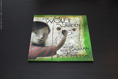The Wolves in the Walls (conjure_real) Tags: neilgaiman davemckean thewolvesinthewalls natalieratkovski myfavoritpicturesbooks