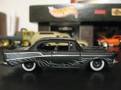Hot Wheels Chevy Bel Air (Designer & Custom Modelist) Tags: auto hot scale car real toy model treasure garage air wheels larrys chevy bel diorama hunt collector riders maqueta modelismo